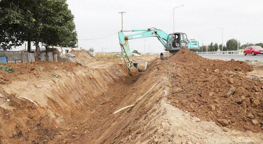 加快水利项目建设 推进灾后重建